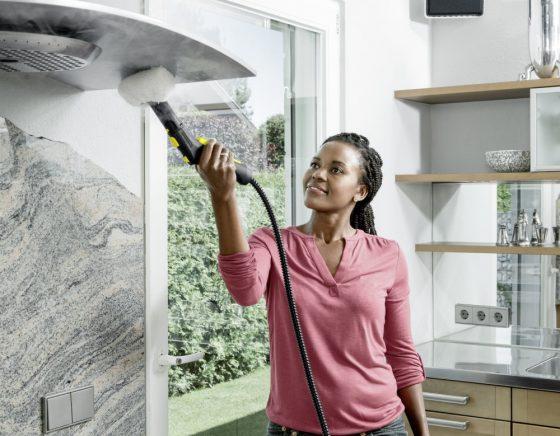 Limpiadora a vapor SC 2 Easy Fix, proporciona una limpieza a profundidad en todas las superficies de la casa.